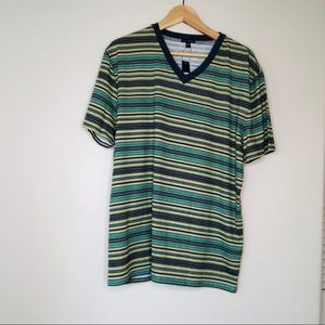 👕SONS of INTRIGUE Men's XL V-neck Striped T-shirt